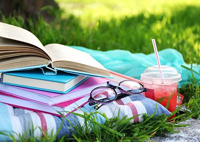 summerreading2_400_1.jpg